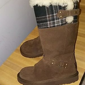 UGG Leather Boots (Girls)